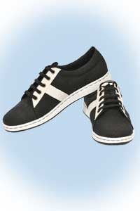 Ecolution Sportshoes black <br><b>nog in 44, 45</b>